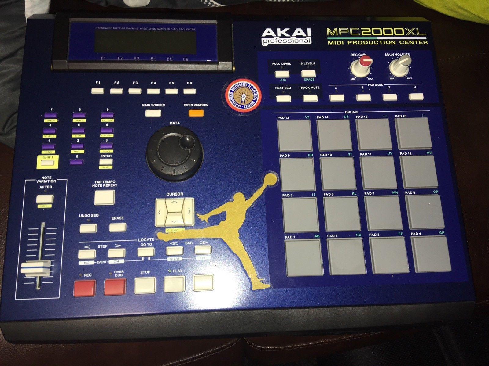 🔥 Akai MPC 2000XL - Used w/ MCD Drive - MPCstuff - Akai MPC